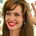 Анджеліні Джолі зроблять ще одну операцію