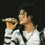 Ложку Майкла Джексона продали за 800 доларів