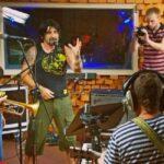 ТЕЛЬНЮК: Сестри та Kozak System записали пісню для воїнів АТО