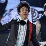 Слухайте нову різдвяну пісню гурту Green Day
