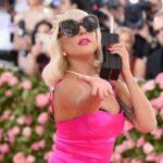 Леді Ґаґа запропонувала шанувальникам виграти десять тисяч доларів у мистецькому конкурсі